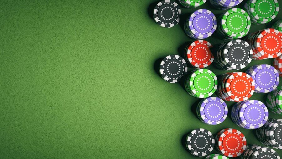 9 Ways Facebook Ruined My Poker Without Me Seeing